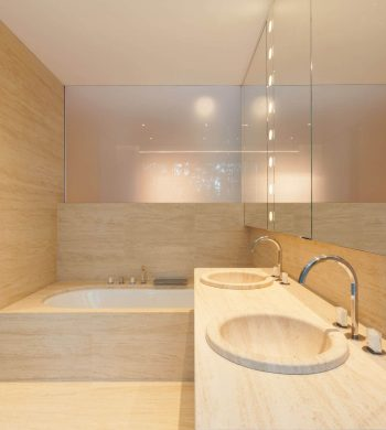 Modern-Bathroom-Image-007