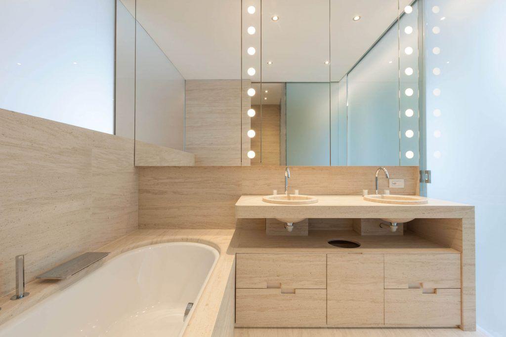 Modern-Bathroom-Image-008