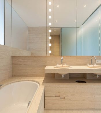 Modern-Bathroom-Image-008